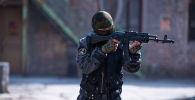 Кыргыз милициясынын элиталык спецназы, өлкөнүн бүткүл аймагында иш алып барган атайын багыттагы полку, Шумкар кызматкери