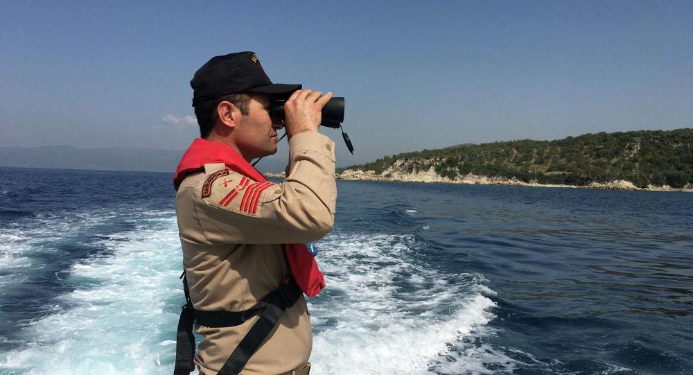 Офицер береговой охраны Турции. Архивное фото