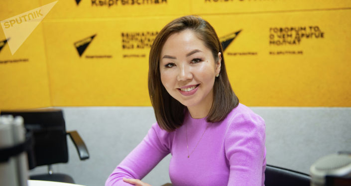 Начальник отдела международных связей КТРК, руководитель успешного детского проекта Назик Чоноева на радио Sputnik Кыргызстан