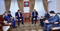 Тышкы иштер министри Руслан Казакбаев Афганистандын Кыргызстандагы элчиси Бисмеллах Вазирини кабыл алып, бир катар маселелерди талкуулады
