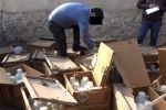 В Оше изъяли 42 ящика общим весом более тонны водного раствора аммиака  (20-21 процент), предназначенного для изготовления синтетических наркотиков