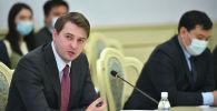 Премьер-министрдин милдетин аткаруучу Артём Новиков