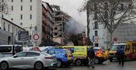 Дым поднимается от места взрыва в центре Мадрида
