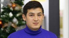 Чемпион футболдук академиянын жетекчиси, машыктыруучу Эр-Улан Абдыкеримов