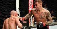 Дастин Порье против Конора МакГрегора во время турнира UFC 257