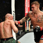 Американский боец UFC Дастин Порье во время боя с Конором Макгрегором на турнире UFC 257 в Абу-Даби (ОАЭ). 23 января 2021 года