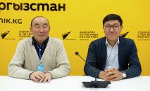 Филология илимдеринин доктору, профессор Сыртбай Мусаев жана Кусейин Карасаев изилдөөчү Алихан Ибраимов