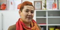 Директор общественного благотворительного фонда Бабушка Эдопшн Айдай Кадырова в офисе Sputnik Кыргызстан