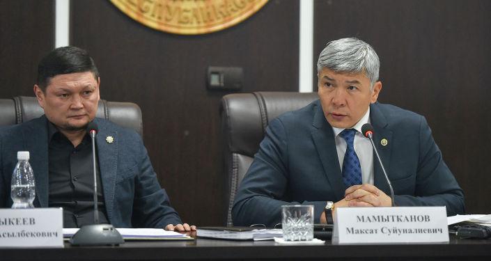 Во время встречи с руководством и сотрудниками ГСБЭП Мамытканов отметил, что финполовцам необходимо работать со стопроцентной отдачей и переходить на новый уровень