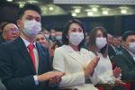 Супруга и дети избранного президента КР Садыра Жапрова. Архивное фото