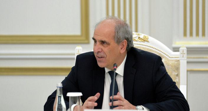 Спецпредставитель Европейского союза по Центральной Азии Петер Буриан на встрече с президентом КР. 28 января 2021 года