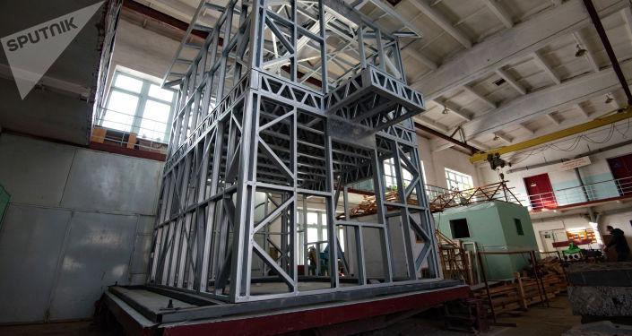 Изготовление деталей для строительства домов из легких стальных тонкостенных конструкций (ЛСТК)