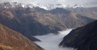 Перевал Тоо-Ашуу на автодороше Бишкек - Ош. Архивное фото