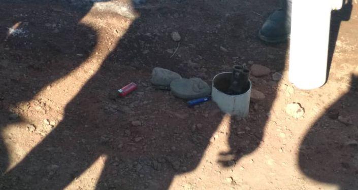 Ранения получили два сотрудника милиции. Нападавший тогда скрылся
