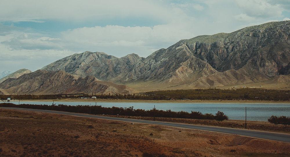 Баткен областындагы суу сактагычы. Архив