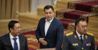 Президент Кыргызстана Садыр Жапаров в зале заседаний Жогорку Кенеша