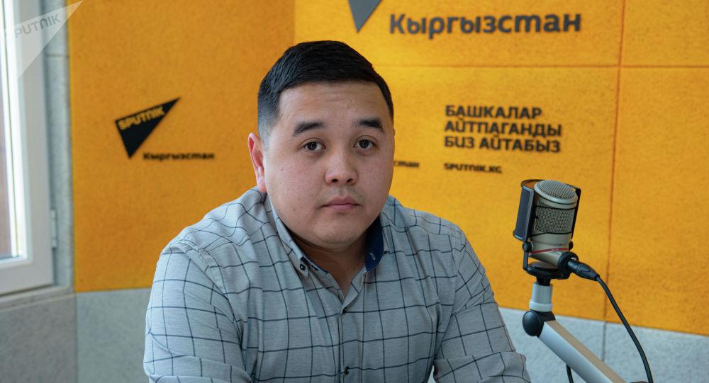 Борбор калаадагы кыймылсыз мүлк агенттигинин башкы директору Азим Сейдесембаев