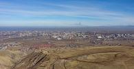 Вид на город Бишкек с горы Боз-Болток. Архивное фото