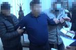 Чүй облусундагы Москва райондук ички иштер бөлүмүнүн кызматкери пара менен кармалганын УКМКнын маалымат кызматы кабарлады.