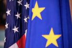 Флаги Европейского союза и Соединенных Штатов. Архивное фото