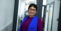 Пресс-секретарь NABU-Кыргызстан Зарина Эсенбаева в офисе Sputnik Кыргызстан