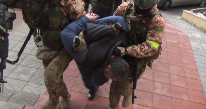 Задержан объявленный в розыск криминальный авторитет Кадырбек Досонов по прозвищу Дженго