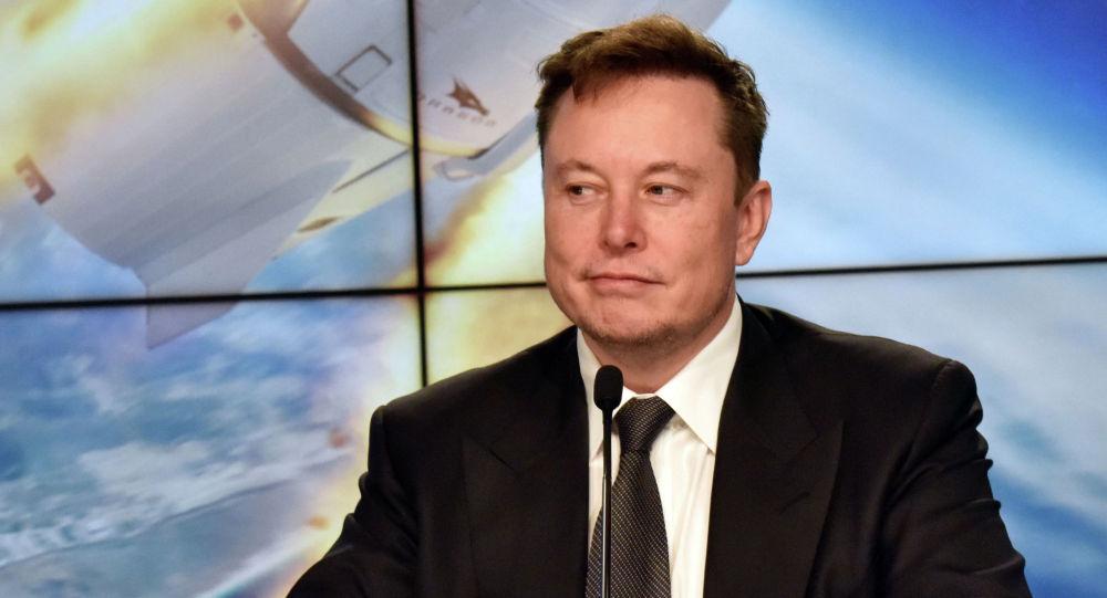 Америкалык ишкер, Tesla жана SpaceX компанияларынын негиздөөчүсү Илон Маск. Архивдик сүрөт