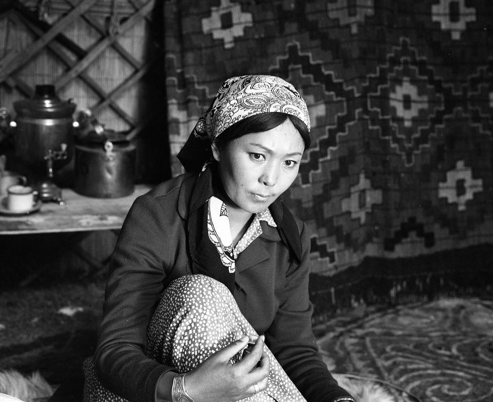 Кара-Кийикке жол кинофильминде башкы каарман Шакен, 1975-жыл