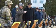 Премьер-министр Улукбек Марипов посетил войсковую часть № 73809