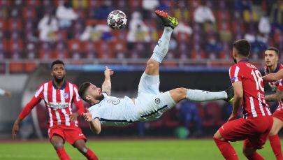 Челси клубунун чабуулчусу Оливье Жиру УЕФАнын Чемпиондор лигасы мелдешинде