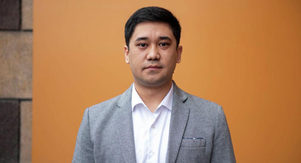 Гражданин Казахстана, медик Аскар Байдилда в офисе Sputnik Кыргызстан