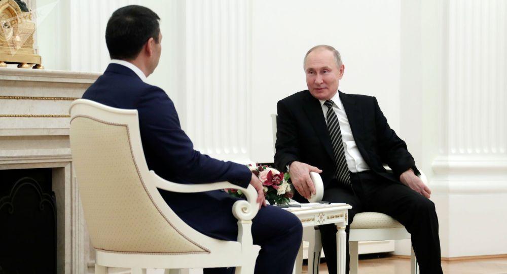 Кыргызстандын президенти Садыр Жапаров Россиянын лидери Владимир Путин менен жолугушуу учурунда