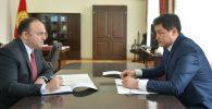 Премьер-министр КР Улукбек Марипов принял посла Турции Женгиза Камиля Фырата, у которого истекает срок дипломатической миссии