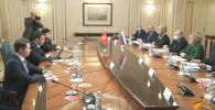 Президент Кыргызстана и глава Совета Федерации РФ отметили важность развития межпарламентских связей двух стран.