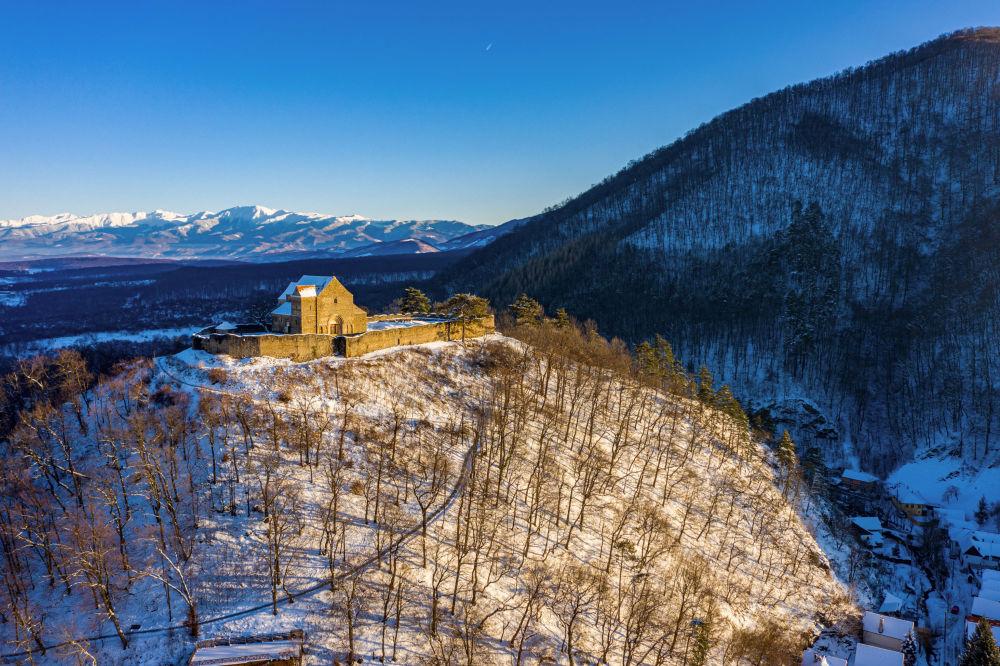 Укрепленная церковь Cisnadioara — один из старейших памятников Трансильвании, имеющий более чем 800-летнюю историю