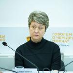 Депутат Жогорку Кенеша Альфия Самигулина во время круглого стола в мультимедийном пресс-центре Sputnik Кыргызстан