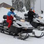 Президент РФ Владимир Путин и президент Белоруссии Александр Лукашенко (справа) во время катания на снегоходах. 22 февраля 2021.