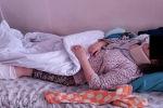 Исполняющий обязанности мэра Бактыбек Кудайбергенов навестил работницу муниципального предприятия Тазалык, пострадавшую в результате наезда