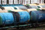 Железнодорожные цистерны для перевозки нефтепродуктов. Архивное фото