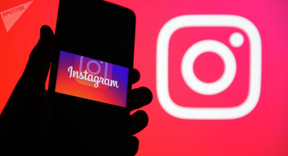 Приложение Instagram. Архивное фото