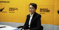 Начальник экономического управления НБКР Алтынай Айдарова на радио Sputnik Кыргызстан