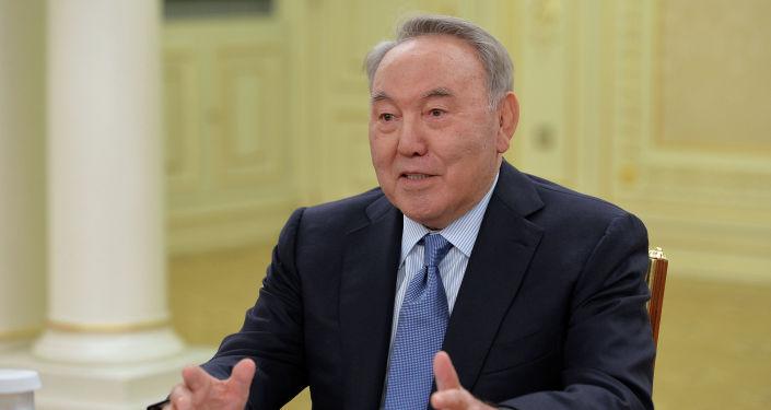 Первый президентом Казахстана Нурсултан Назарбаев