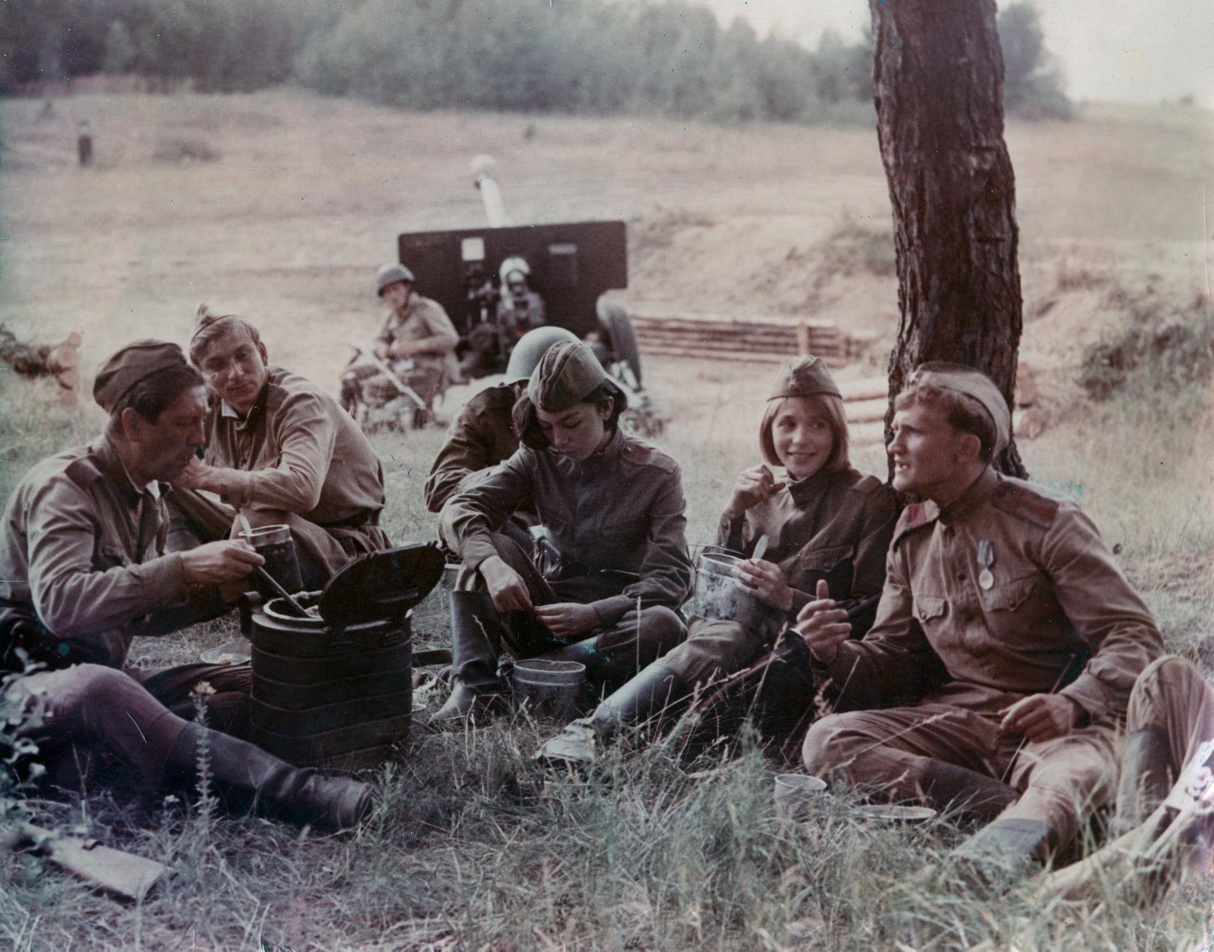 Съемочная группа фильма режиссера Болота Шамшиева Снайперы. 1985 год, Беларусь
