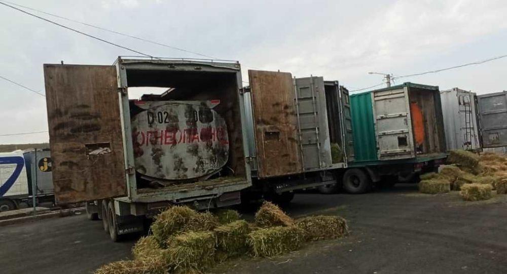 Задержание незаконно перевозивших ГСМ грузовиков