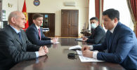 Премьер-министр Улукбек Марипов Россия элчиси Николай Удовиченкону кабыл алды