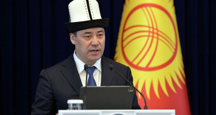 Президент Кыргызской Республики Садыр Жапаров встретился с женщинами-представителями различных профессий со всех регионов страны, в преддверии Международного женского дня. 05 марта 2021 года