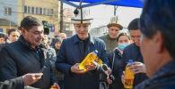 Премьер-министр Улукбек Марипов Бишкекте өткөн айыл чарба жарманкесинде