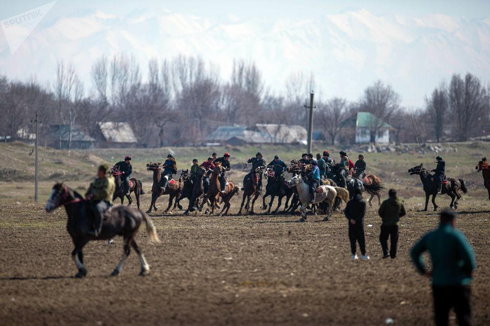 Крупное состязание по аламан улаку провели в поселке Дача СУ