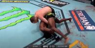 Чемпионство благодаря дисквалификации, первое поражение Исраэля Адесаньи, легкая победа Аманды Нуньес — эти и другие моменты UFC 259 смотрите в видеоподборке.