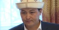 Премьер-министр Улукбек Марипов 8-март Аялдардын эл аралык күнүндө Бишкектеги улгайган жана ден соолугунан мүмкүнчүлүгү чектелгендер жашаган социалдык мекемеге барды.